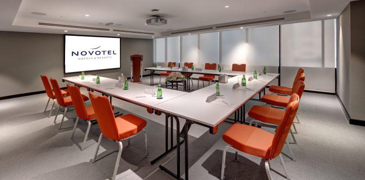 meeting-room-1-2