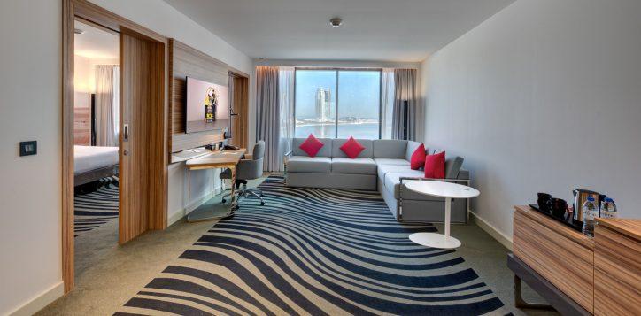 suite-room-living-2