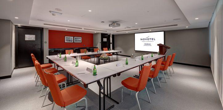meeting-room-1-3-2