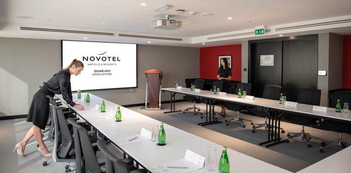 meeting-room-2-5-2